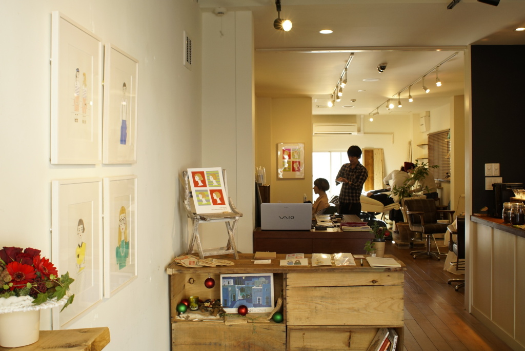 "Illustrator katomari exhibition ""Kami Kitta? x 8639 ""  in slow cafe+hair salon 8639, Togoshi-kohen Tokyo"